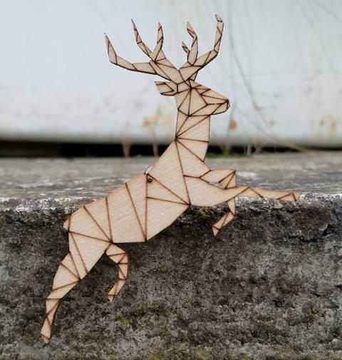 balancing stag decoration